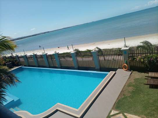 Ocean view 3 bdrm apart Fully furnished for rent image 7