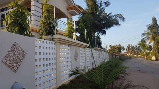 ELECTRIC FENCE SERVICES image 2