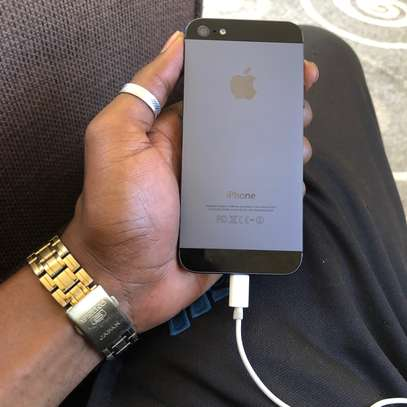 New iphone 5 available image 2