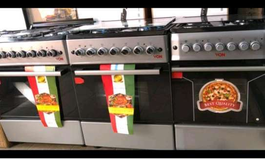 Oven and cooker image 1