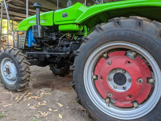 Tractors 4WD 30HP - New Tractor Loader and Hoe image 12