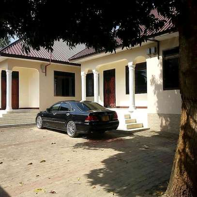 APARTMENT FOR RENT MBWENI MOGA