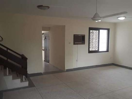 3 Bedroom Unfurnished Standalone House in Masaki image 4