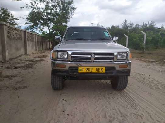 1998 Toyota Hilux Double Cabin 2.8 image 8