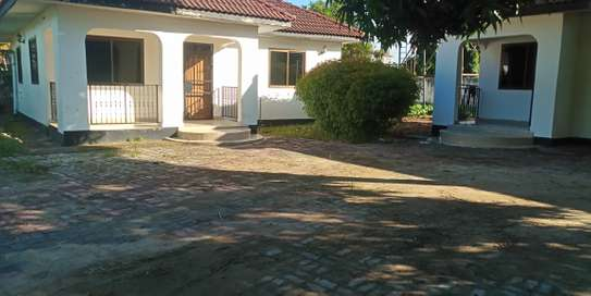 2bed villa in the compound at mbeach tsh500000 image 1