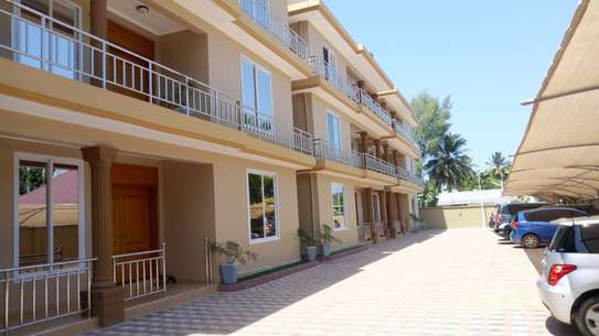 3 BEDROOM FURNISHED APARTMENT FOR RENT IN MIKOCHENI