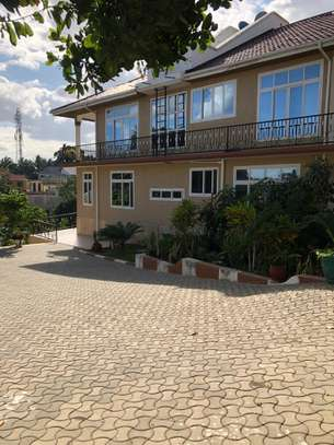 Private property located at Kinyerezi Mbuyuni with spacious rooms.
