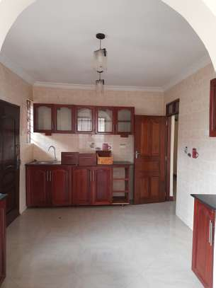 3bedroom standalone house to let in Mikocheni image 12