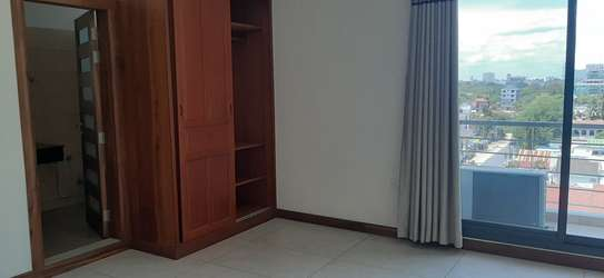 3 Bedroom Beautiful Apartment For  Rent in Msasani image 7