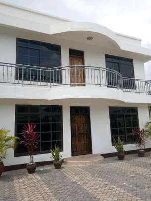 5 Bdrm House for sale in mikocheni. image 2