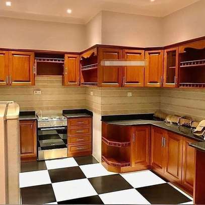 3bedroom fully furnished apartment image 4