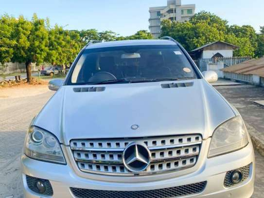 2006 Mercedes-Benz ML 320 image 1