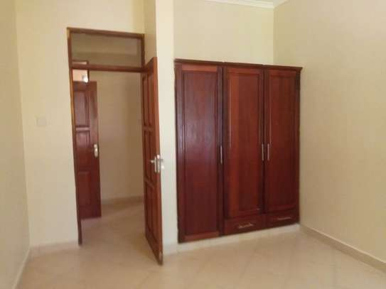 3bed villa in the compound at mbezi beach $ 800pm image 13
