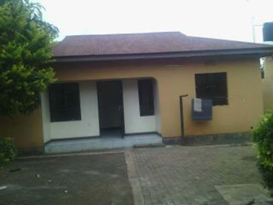 2BEDR. HOUSE FOR RENT AT NJIRO image 1