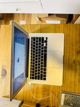 Macbook air 2012 13.3-inch for sale image 4