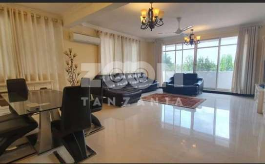 SPACIOUS  OCEAN VIEW FULLY FURNISHED 3BHK (EN-SUITE)  Apartment for sale image 2
