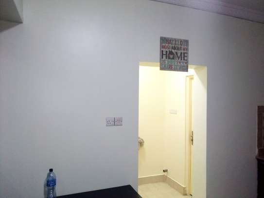 LUXURY 3 BED ROOMS APARTMENT FULLY FURNISHED FOR RENT IN UPANGA image 6