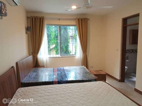 4 bed room brand new with pool for rent $3000pm at oyster bay dar image 11