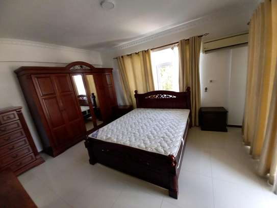 3bhk luxury apartment for rent fully furnished image 10