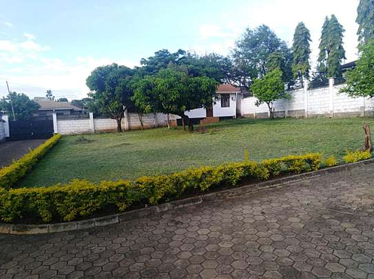3 BEDROOM HOUSE IN NJIRO FOR RENT. image 3
