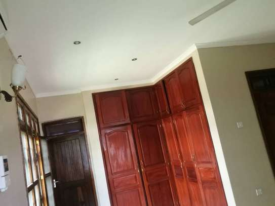 4bed room house at mbez africana TSH 1million image 14