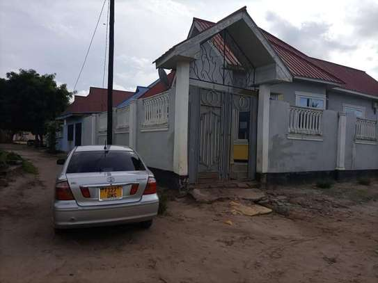 Cheap and nice house for sale in Mbagala Saku mwisho image 7
