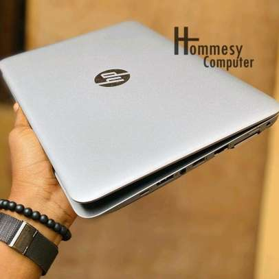 Hp elitebook 820 G3 core i5 6th gen image 5