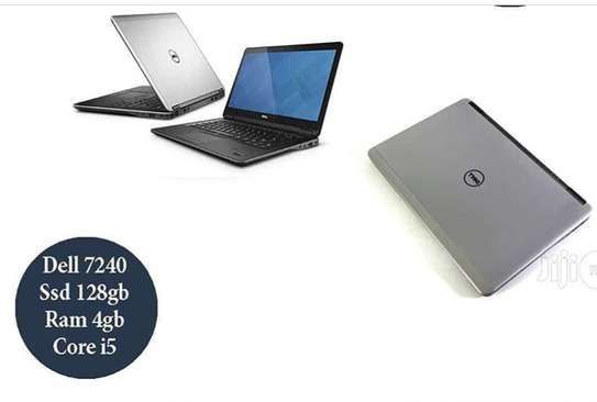 Laptop dell 7240 image 1