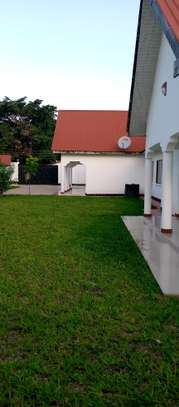 3 BEDROOMS HOUSE FOR RENT-MASAKI image 1