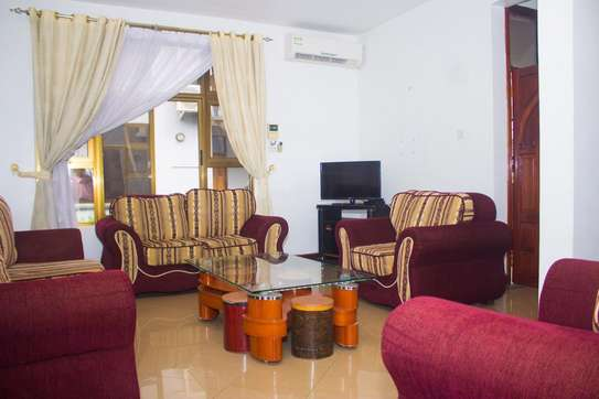 3bedroom fully furnished apartment image 1