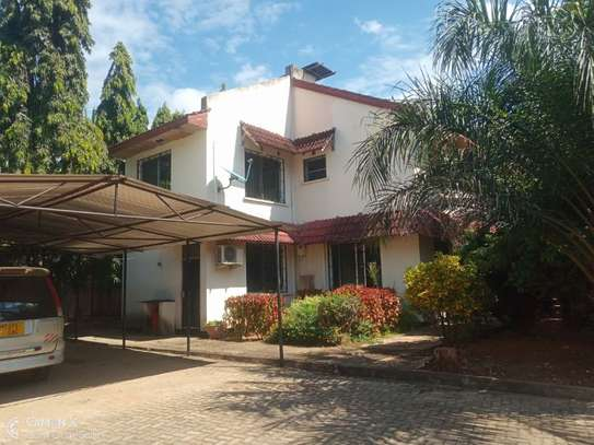 4bed house shared  the compound near george and dragon at masaki $2500pm image 1