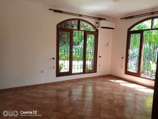 4bdrm house for rent in masaki image 12