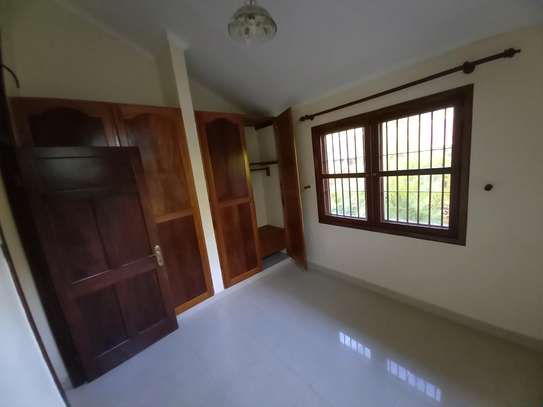 OYSTERBAY BUNGALOW FOR RENT image 10