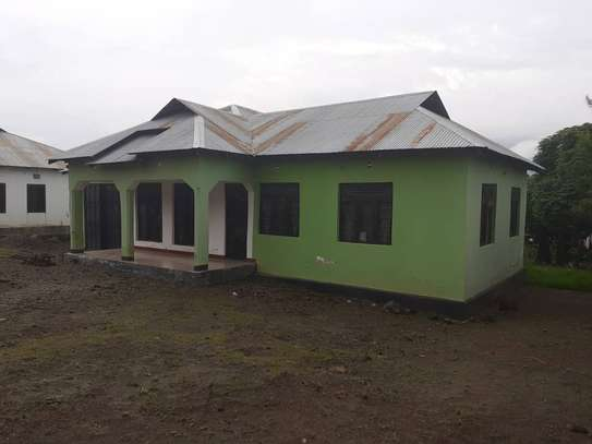 Nyumba inauzwa Mbeya/House for sale at Mbeya