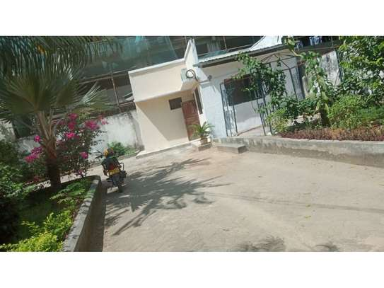 1 bed room house for rent at msasani image 2