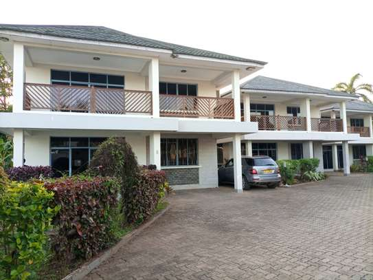 Villas apart fully furnished for rent At MASAKI image 1