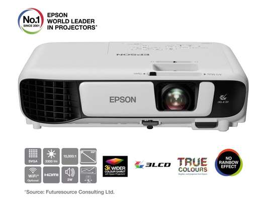 EPSON PROJECTOR image 1