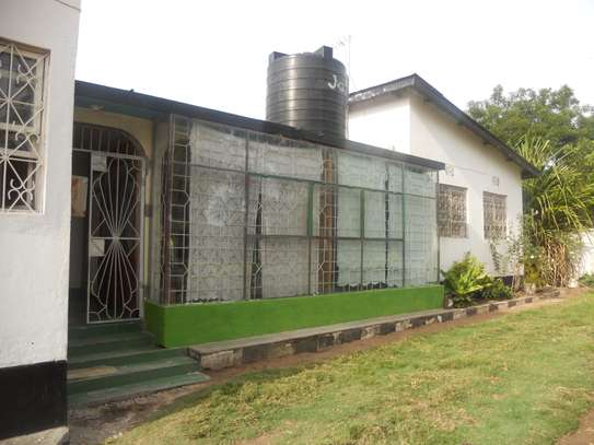 6 Bedroom House and Plot for sale in Mwanza