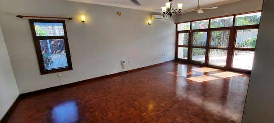 a 4bedrooms BUNGALOW is now available for RENT in MASAKI image 8