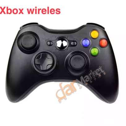 Xbox wirelless controller image 2