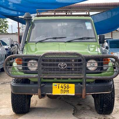 2003 Toyota Land Cruiser Pickup