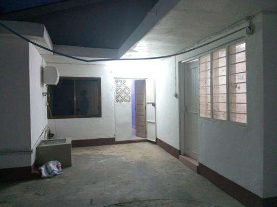 3bed shared house at msasani tsh 700,000 image 5