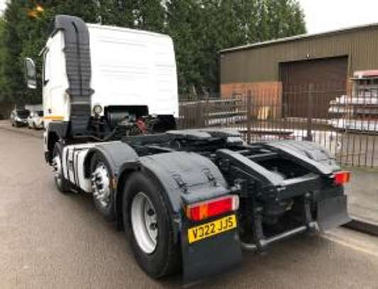 2000 Volvo F12 380 6X2 TRACTOR 58MILLION ON THE ROAD image 3