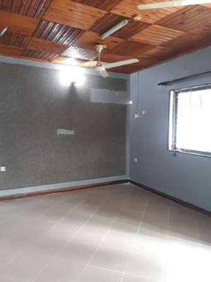 3bed room house at victoria tsh 600000 image 4