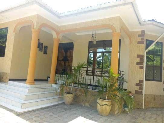 STAND ALONE 3BEDROOMS HOUSE AT MBEZI BEACH MAKONDE