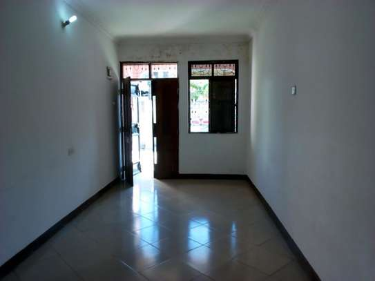 2bed room villa at msasani maandazi road TSH 400000 image 3