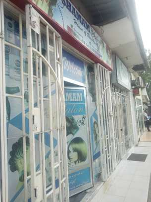 shop frem for rent at kinondoni tsh 400,000