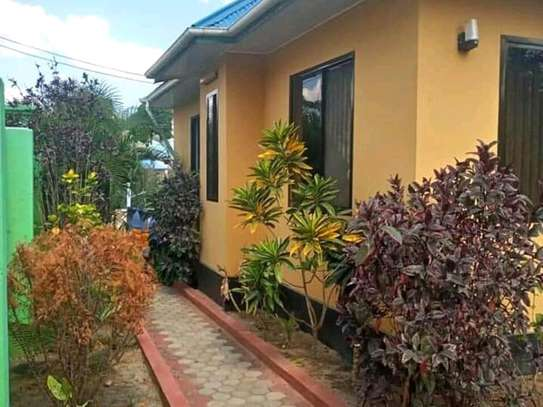 HOUSE FOR SALE SQM 1502 image 6