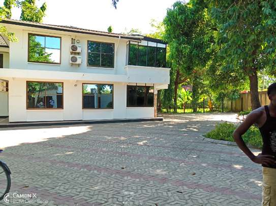14 bed house at mikocheni $2000pm image 3