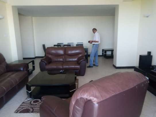 3bed house full furnished apartment at sea view upanga $2200pm image 9